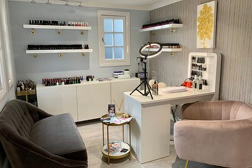 SLS Nails & Beauty Care