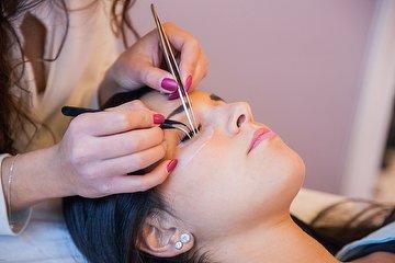 BEKE Unisex Salon & Beauty