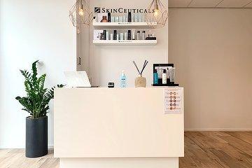 Skin Life Clinics