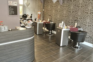 Envy Beauty Salon