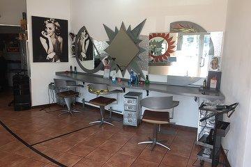Staff della Bellezza - Parruchieri Hairstylist