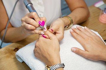 Lavish Nails Lounge