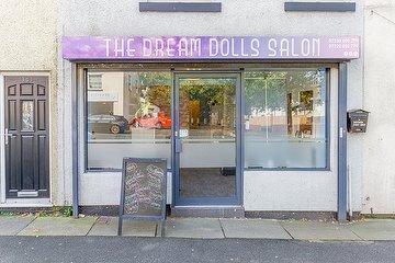 The Dream Dolls Salon