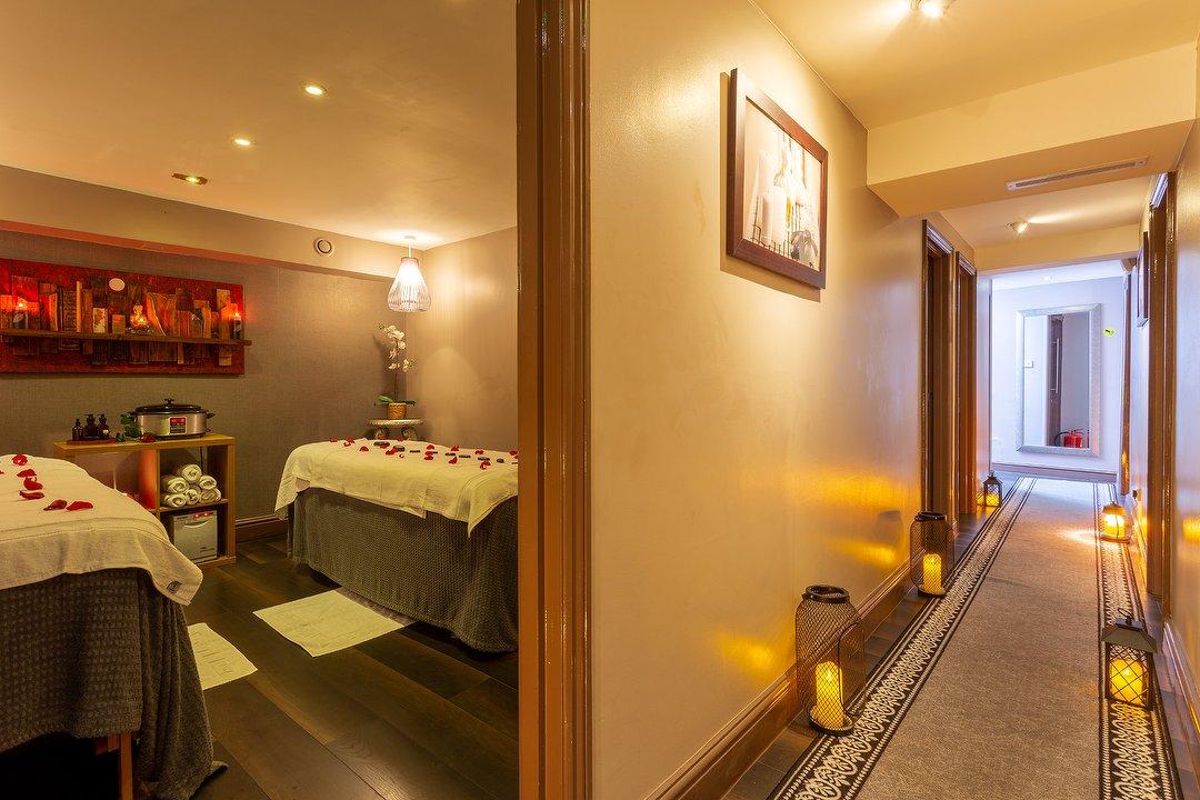 Service massage secret EXCLUSIVE: First