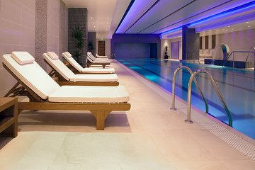 Rena Spa, Tower Bridge