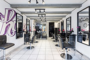 Hair & Lashes Studio - Gevestigd in Haar 33 kapsalon