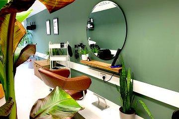 Nathan Phoenix Hair Studio