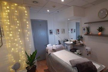 Perfect Beauty & Wellness Clinic MCR