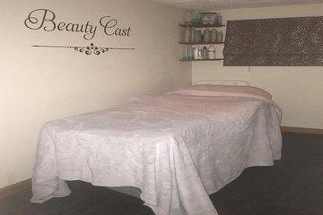 Beauty Cast