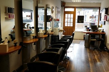 TJ's Hair Studio Didsbury