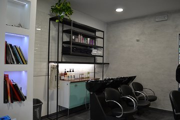 Stride Salon
