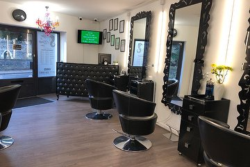 Hair & Beauty Station