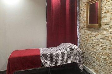 Institut de beauté massage relaxant du corps et réflexologie