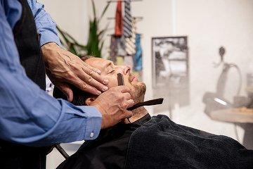 Peaky Blinders Barber