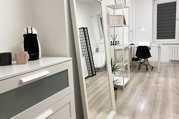 Nail room by M-Beauty
