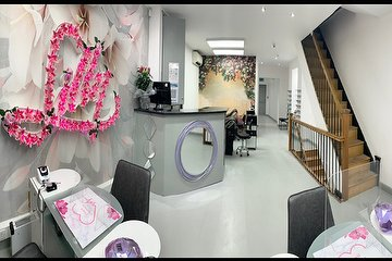 Lilly Nail & Beauty - Castle Street