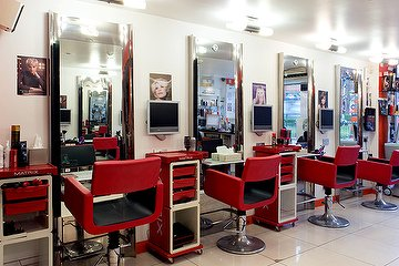 Anuyu Hair & Beauty Salon