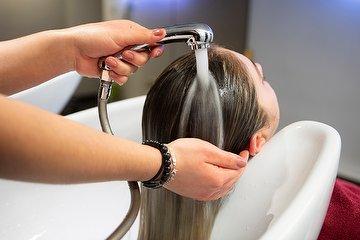 Thomas Ernst Hairlounge
