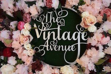 The Vintage Avenue - Hair & Beauty