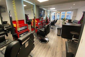 Latin's Barbershop