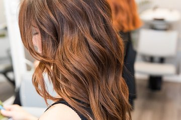SeventySeven Hairstudio