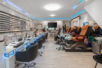HM Nails & Beauty Amsterdam