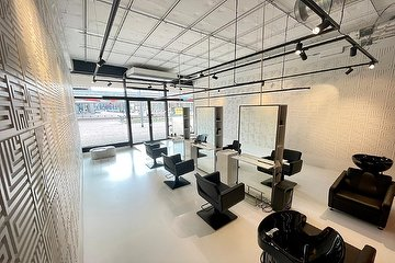 CLRS Hairstudio