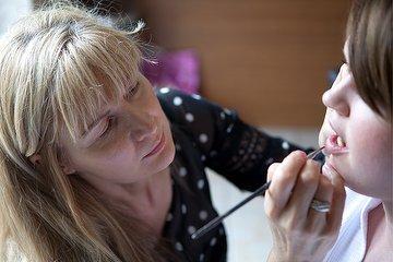 Lara James Kent Wedding Make Up