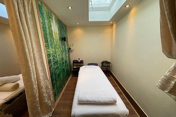 Tara Massage & Nail Studio, Rozengracht, Amsterdam