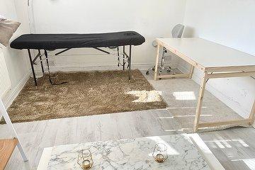 Russellina's Beauty Lounge