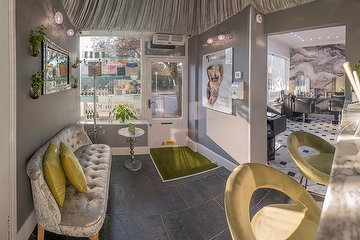 Posh in Kew at Keep Immaculate Hair, Beauty & Wellbeing