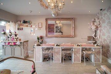 Pinks Nail & Beauty Salon