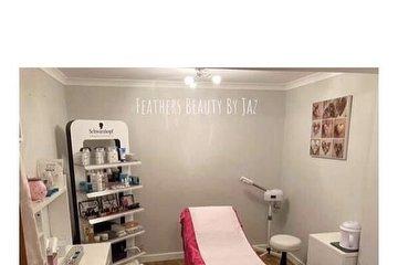 Feathers Beauty by Jaz