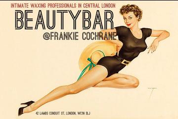 Beauty Bar @Frankie Cochrane