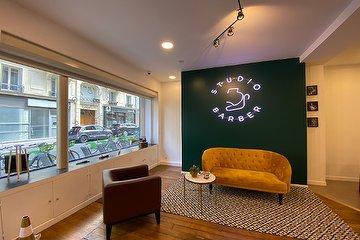 Studio barber, Charonne, Paris