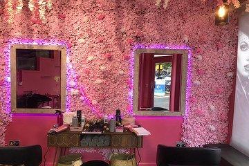 Lady Boss Hair Salon