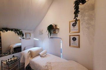 Perfect Beauty Clinic & Training MCR