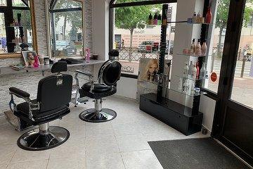 PAMPIBON - Coiffure & BarberShop