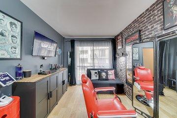 Creepy Barber - The Home Show (Studio Privé)