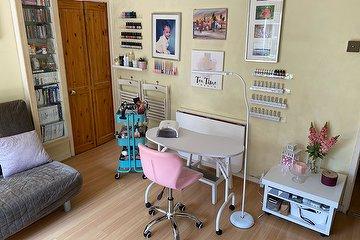 The Nail Room & Brow Bar SE1