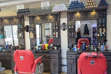 Glow Up Station & Ranya Barber's