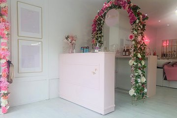 Essence Hair & Beauty Bar, Sutton, London