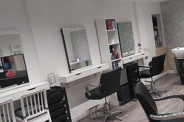 Laura's Beauty & Luxuries, Urmston, Trafford