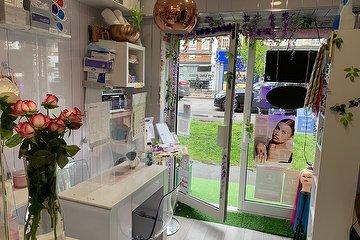 Monteiro Hair & Beauty Bar