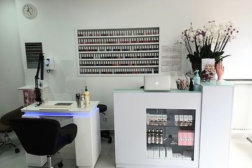 Lavy Nails