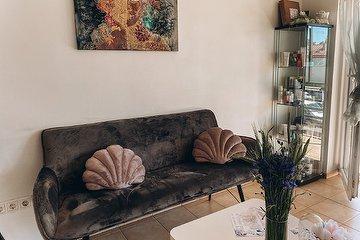 Bloom estetikos ir grožio studija
