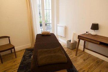Massagez-moi, Château d'eau, Paris