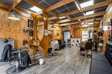 EFES Barber, Glasgow East, Glasgow