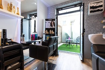 Villy J's Hair & Beauty Salon