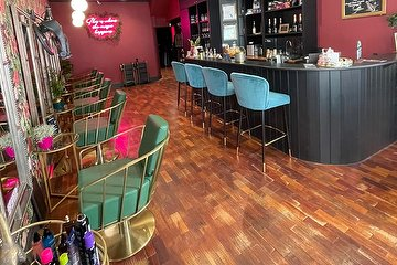 The Hair Lounge Notting Hill